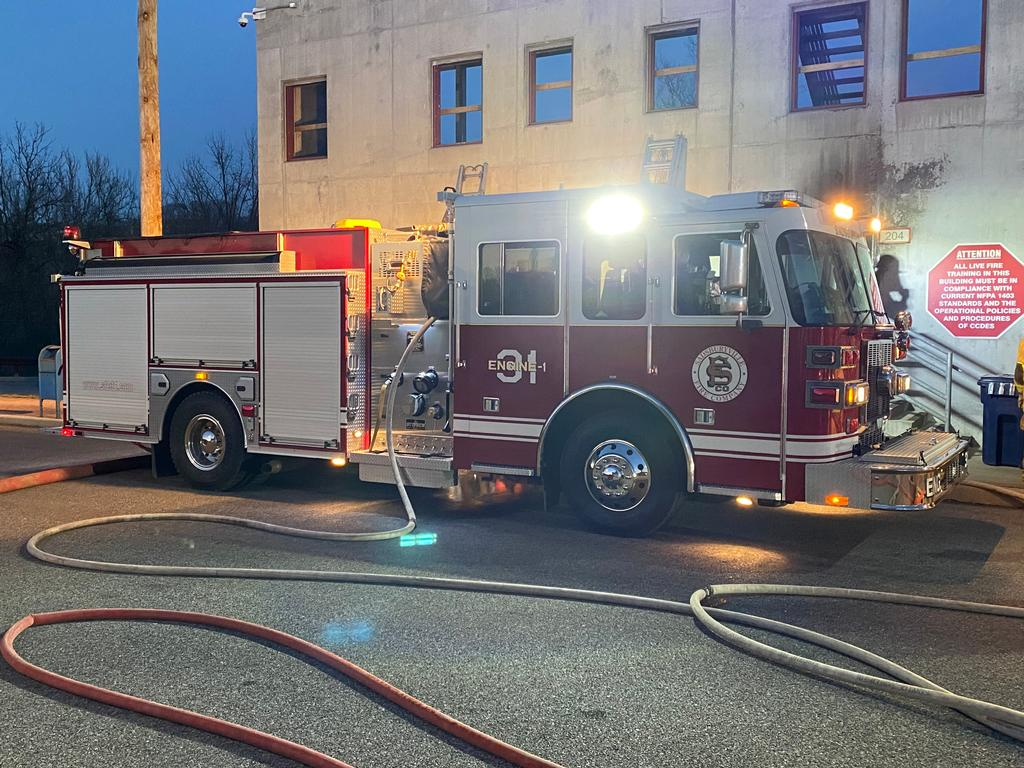 Engine 31-1 performing as FDE